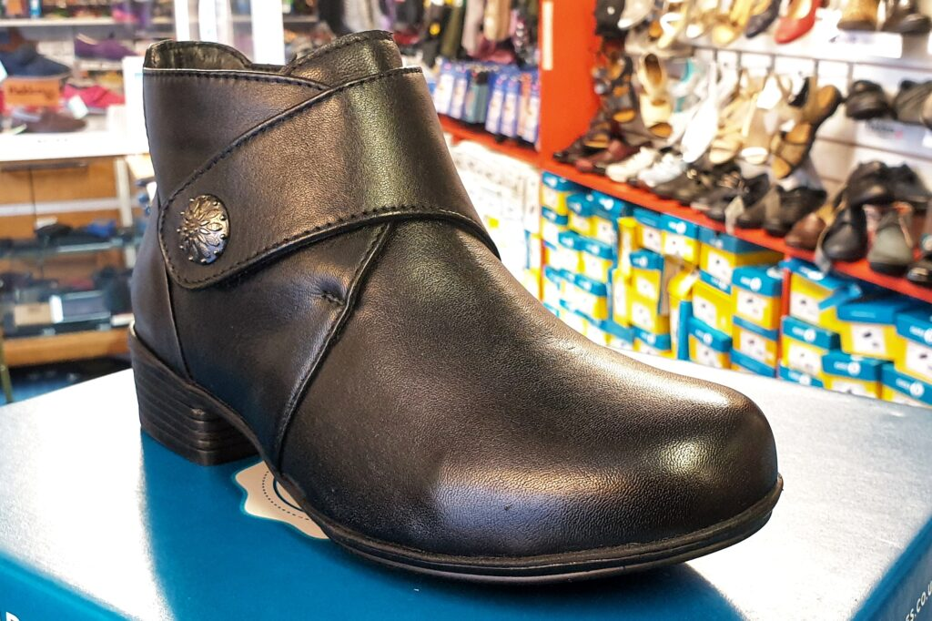 Wider Fit Soft Leather Velcro Boot