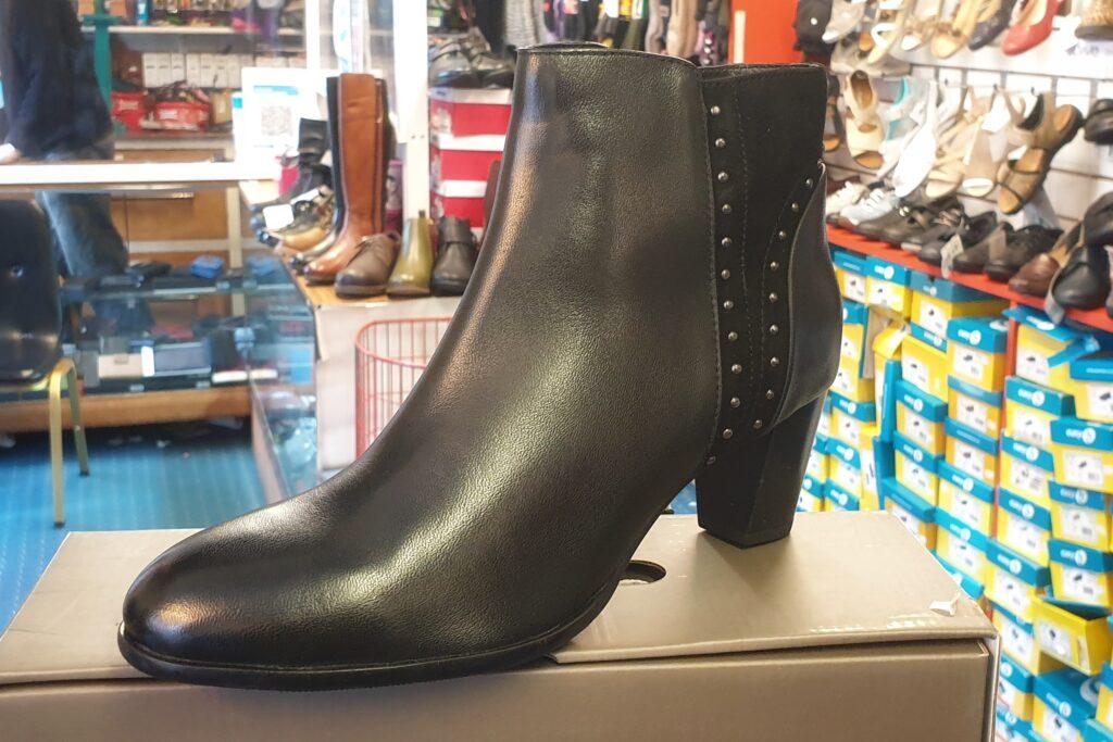 leather heel boot