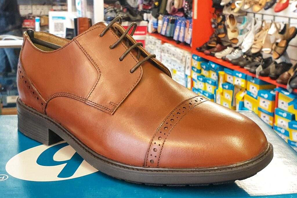 mens smart brown wide