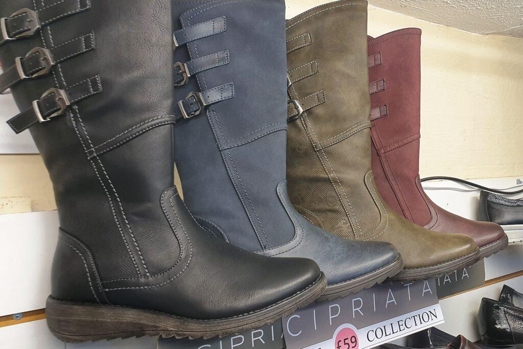 Mid length ladies boot